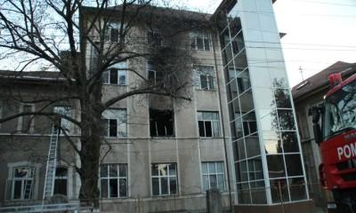 incendiu spital simeria 4
