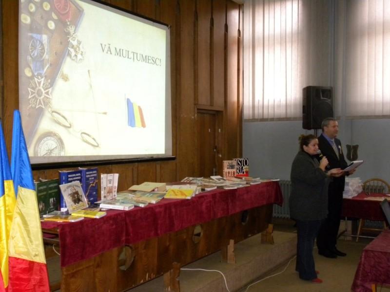manifestare Ziua Nationala Biblioteca Judeteana (17)