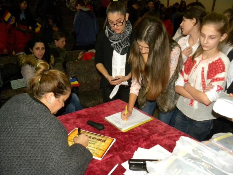 manifestare Ziua Nationala Biblioteca Judeteana (22)