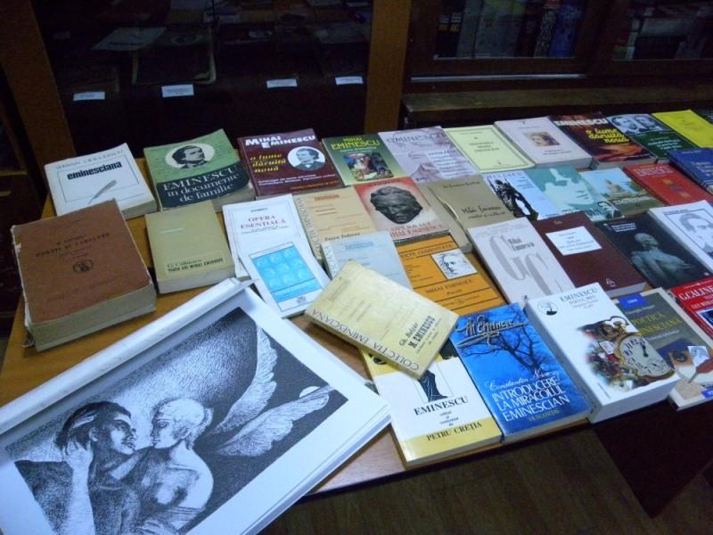 biblioteca eminescu expozitie (1)