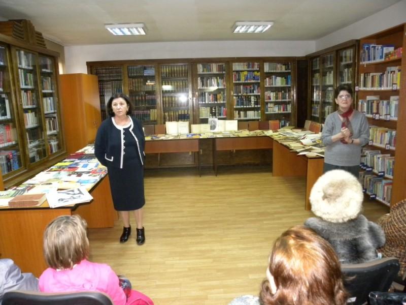 biblioteca eminescu expozitie (40)
