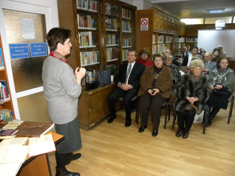 biblioteca eminescu expozitie (47)
