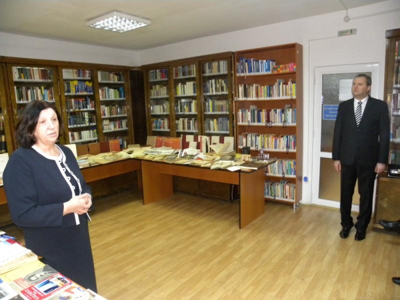 biblioteca eminescu expozitie (52)