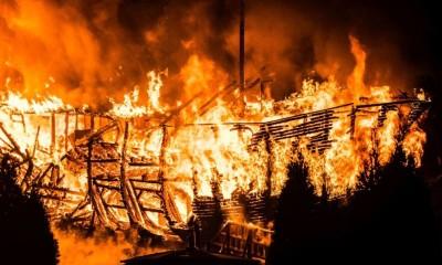 incendiu-petrosani-1