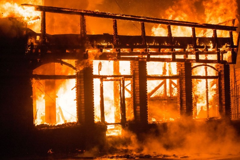 incendiu-petrosani-4