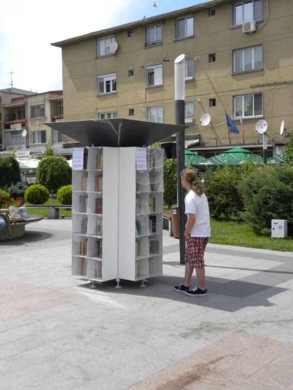 biblioteci afara (8)