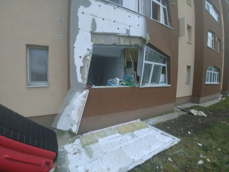explozie bloc 03