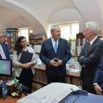 ambasador sua biblioteca (10)