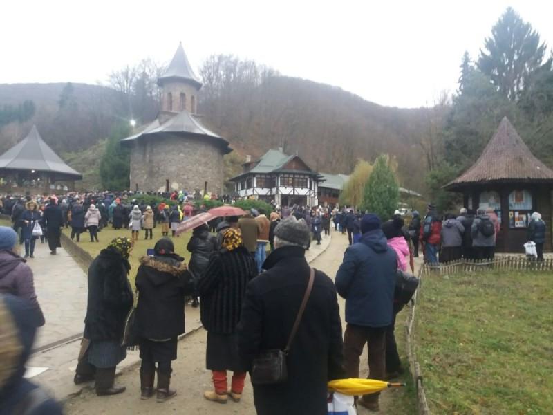 manastirea prislop 01